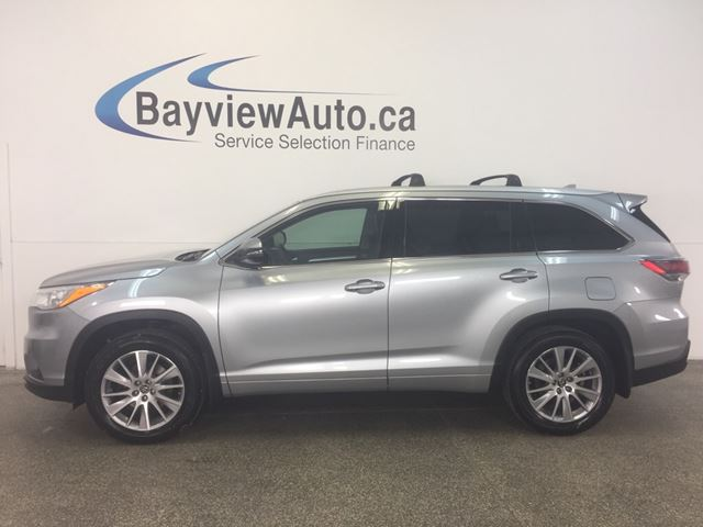 2016 TOYOTA HIGHLANDER XLE - AWD! ROOF! LEATHER! NAV! 8 RIDER! PWR TRUNK! in Belleville, Ontario