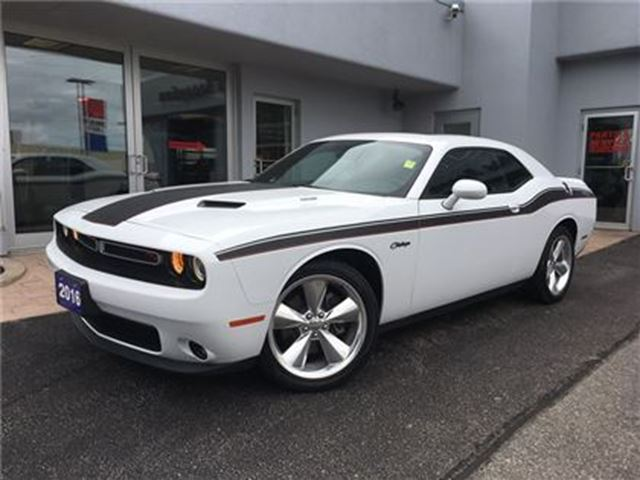 2016 Dodge Challenger R/T SUNROOF..LEATHER in Simcoe, Ontario
