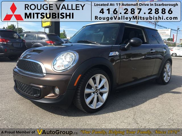 2011 MINI COOPER NO ACCIDENT, BODY IN GREAT SHAPE !!! in Scarborough, Ontario