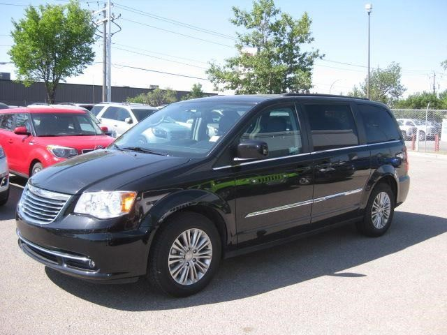 2016 CHRYSLER TOWN AND COUNTRY Touring in Calgary, Alberta