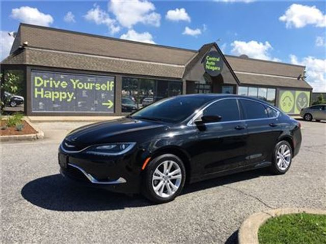2016 CHRYSLER 200 Limited/CARPROOF CLEAN/CLOTH/HEATED SEATS in Fonthill, Ontario