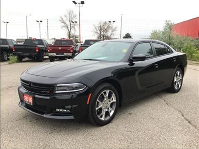 2016 Dodge Charger SXT**AWD**SUNROOF**NAV**BLUETOOTH** in Mississauga, Ontario