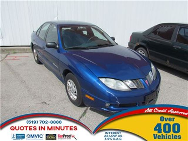 2005 PONTIAC SUNFIRE SL   CLEAN   COLD AC   GREAT STARTER in London, Ontario