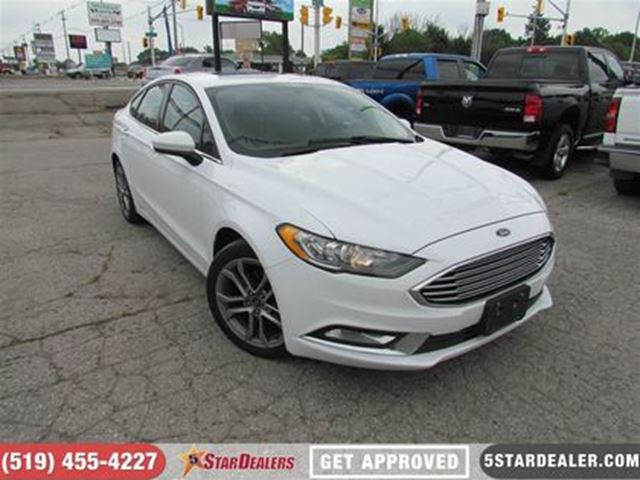 2017 FORD Fusion SE   SUNROOF   BACKUP CAM   LEATHER in London, Ontario