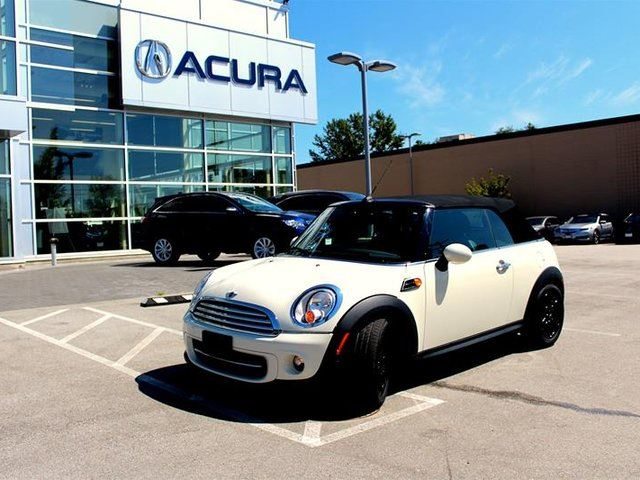 2013 MINI CONVERTIBLE Cooper in Surrey, British Columbia