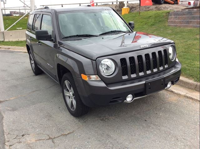 2016 JEEP PATRIOT HIGH ALTITUDE/4X4 in Dartmouth, Nova Scotia
