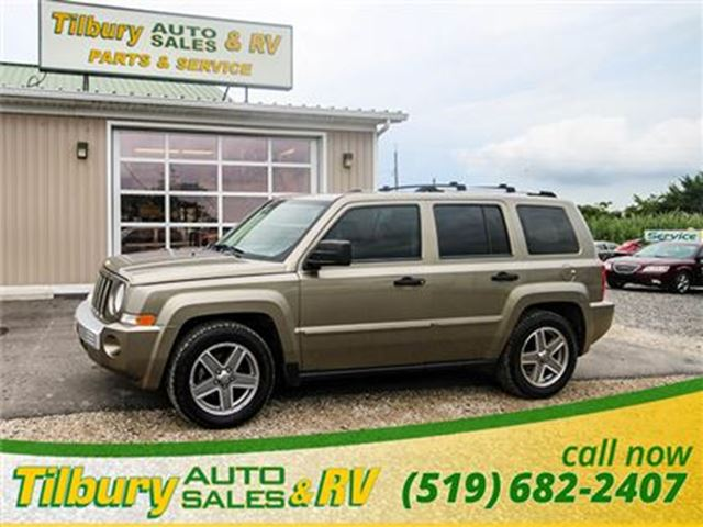 2007 Jeep Patriot Limited **low km** in Tilbury, Ontario