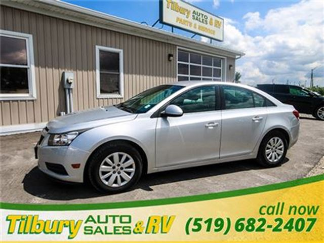 2011 Chevrolet Cruze LT Turbo **GREAT ON GAS** in Tilbury, Ontario