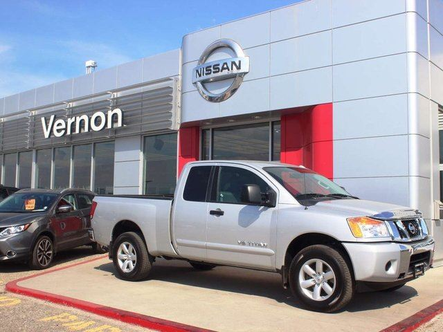 2014 NISSAN Titan SV King Cab in Kelowna, British Columbia