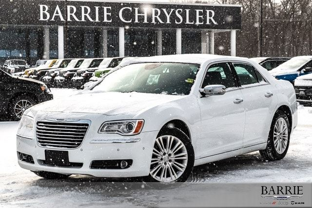 2014 CHRYSLER 300 ***AWD*** NAV***LEATHER*** in Barrie, Ontario