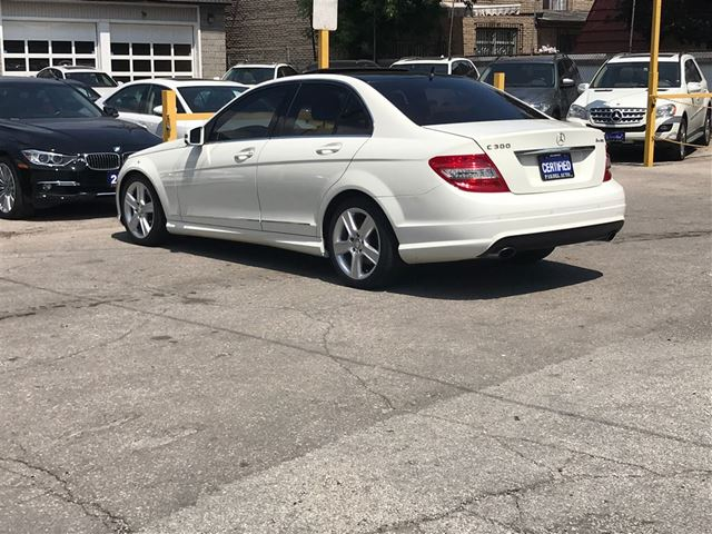 2011 mercedes benz c class c300 4matic executive pkg park for 2011 mercedes benz c class c300