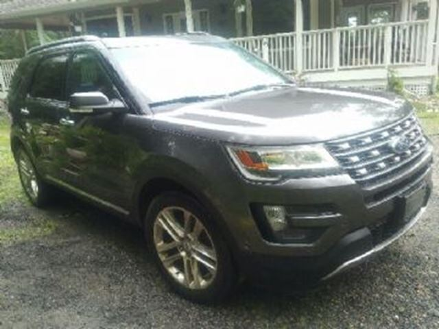 2016 Ford Explorer AWD LIMITED ~ 8 Passenger in Mississauga, Ontario