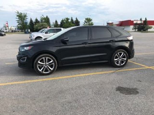 2015 Ford Edge SEL, 4WD, Sync Navigation, Pana Roof in Mississauga, Ontario