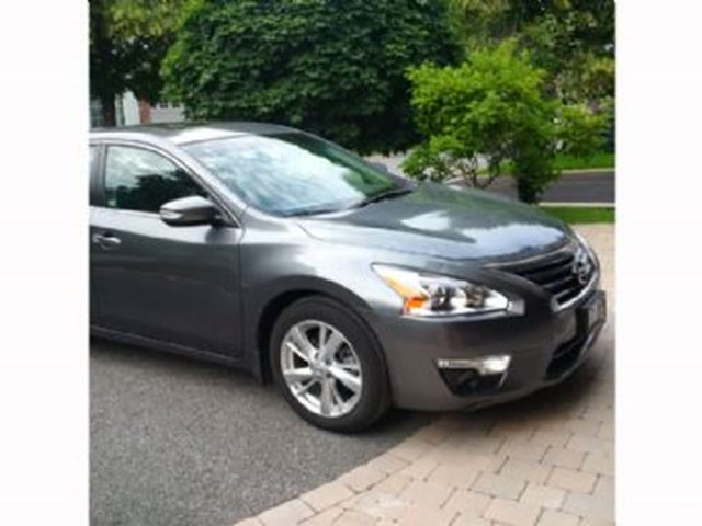 2015 Nissan Altima 4dr Sdn I4 CVT 2.5 SL Tech Package in Mississauga, Ontario