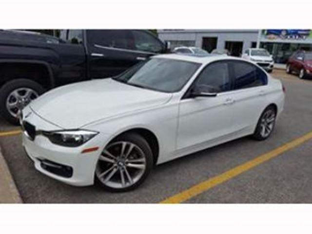 2014 BMW 3 Series 320i xDrive Sport Line in Mississauga, Ontario