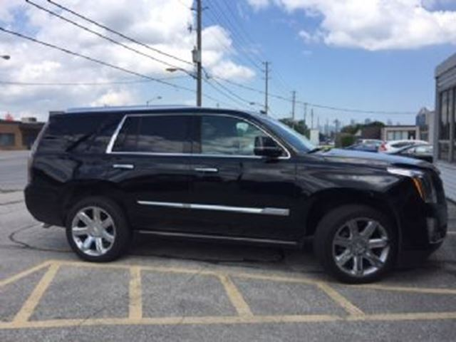 2016 CADILLAC ESCALADE Premium Package AWD, Navigation in Mississauga, Ontario