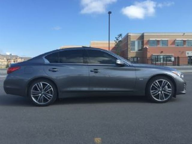 2016 INFINITI Q50 4dr Sdn 3.0t AWD Sport and Driver Assit  Package in Mississauga, Ontario
