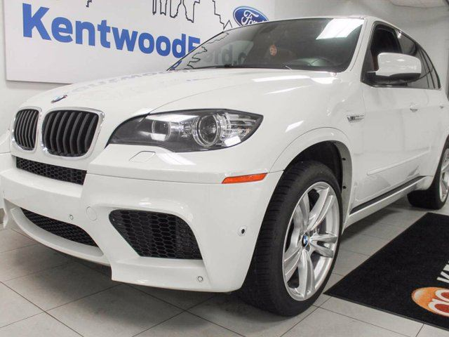 2013 BMW X5 M X5 M V8 NAV, sunroof, power leather heated seats, racecar red interior! in Edmonton, Alberta