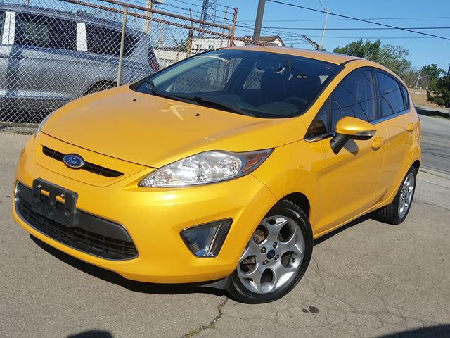 2011 Ford Fiesta SES in Fort Erie, Ontario