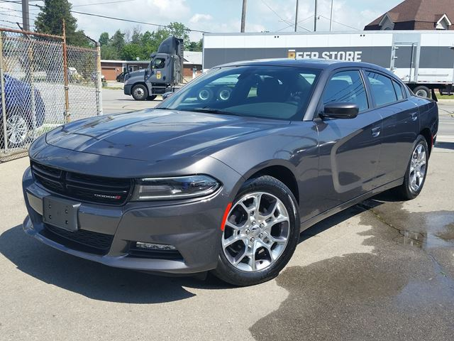 2016 Dodge Charger SXT in Fort Erie, Ontario