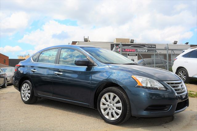 2015 NISSAN Sentra 4 Cylinder Automatic LOW KMS in Brampton, Ontario