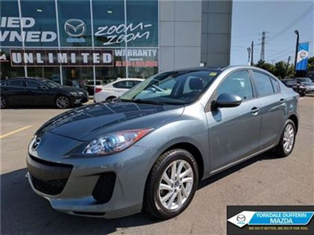 2013 Mazda MAZDA3 GS SKYACTIV / HEATED SEATS / BLUETOOTH / 0.65%!!! in Toronto, Ontario