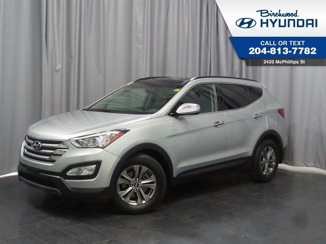 2016 HYUNDAI SANTA FE Luxury W/ Navigation in Winnipeg, Manitoba