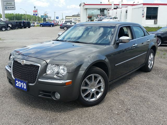 2010 CHRYSLER 300 Limited AWD in Orillia, Ontario