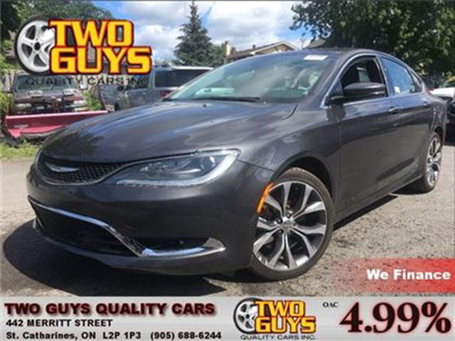 2016 CHRYSLER 200 C LEATHER NAVIGATION SUN ROOF BACK UP CAMERA in St Catharines, Ontario