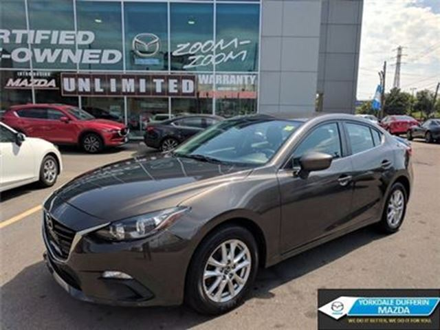 2014 Mazda MAZDA3 GS-SKY / NAVI / BACK UP CAM / 0.65% CPO!!! in Toronto, Ontario