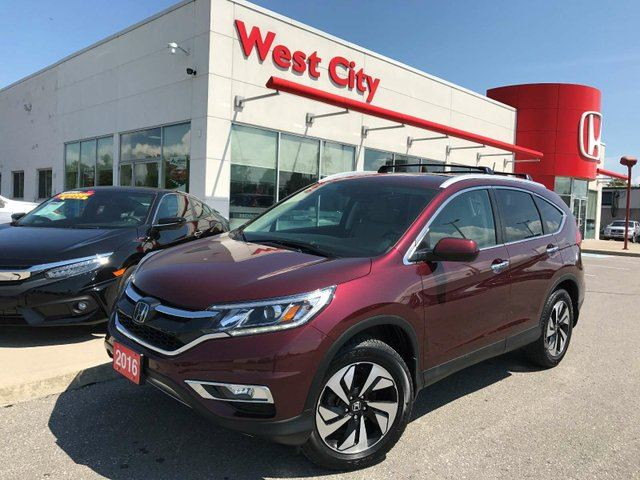 2016 Honda CR-V Touring,AWD,LEATHER,GPS! in Belleville, Ontario