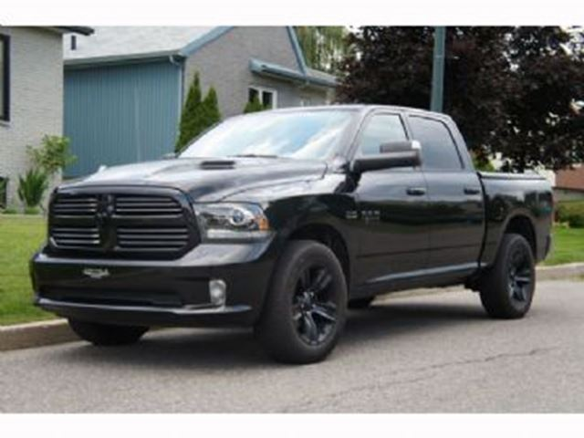 2017 Dodge RAM 1500 Sport Black Edition 4x4. Crew Cab, with MANY EXTRAS in Mississauga, Ontario