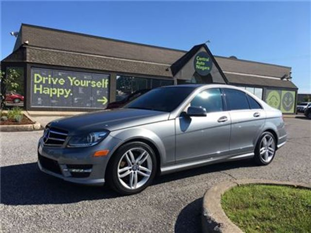 2014 MERCEDES-BENZ C-CLASS 300 / NAVIGATION / SUNROOF/ LEATHER in Fonthill, Ontario