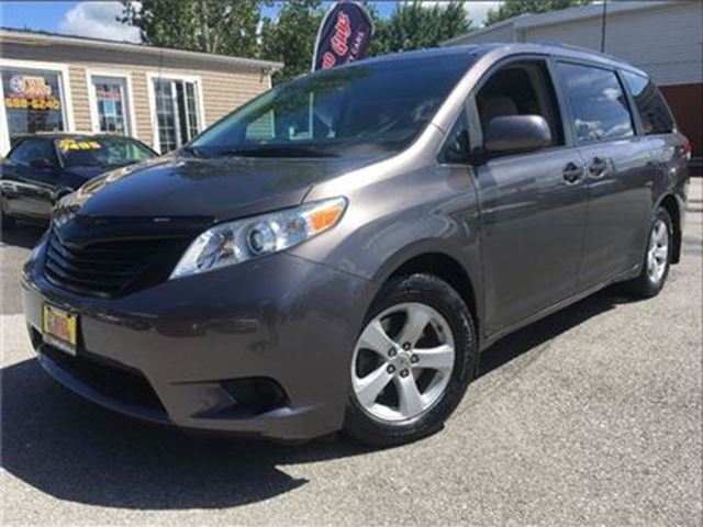 2011 Toyota Sienna V6 7 Passenger NICE LOCAL TRADE IN!! in St Catharines, Ontario