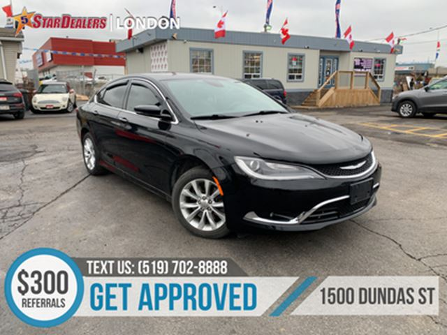 2015 Chrysler 200 C   LEATHER   NAV   SUNROOF   BACKUP CAM in London, Ontario