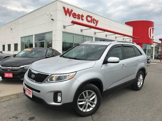 2015 KIA SORENTO LX - AWD,BACKUP CAMERA! in Belleville, Ontario