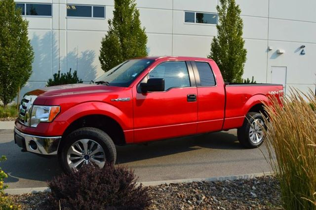 2012 Ford F-150 XLT 4x4 Super Cab 6.5 ft. box 145 in. WB in Kamloops, British Columbia
