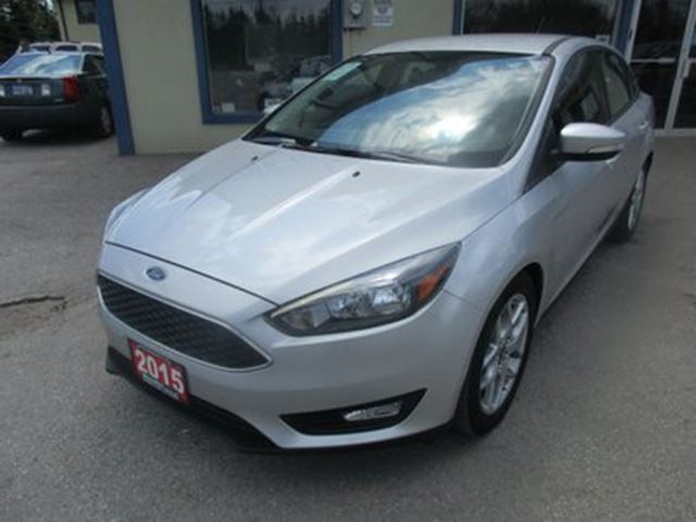 2015 Ford Focus POWER EQUIPPED SE MODEL 5 PASSENGER 2.0L - DOHC in Bradford, Ontario