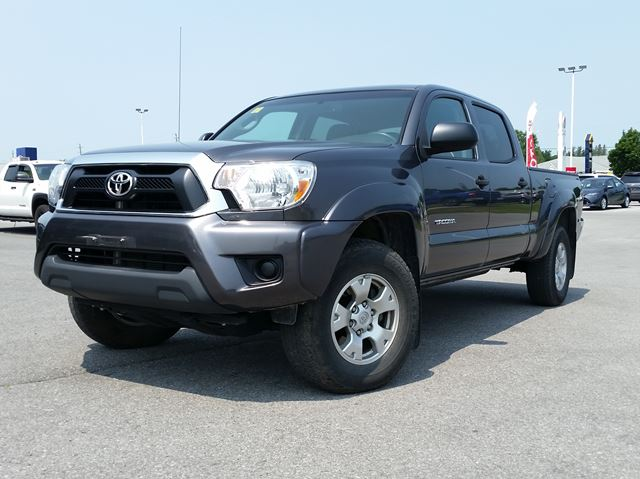 2015 Toyota Tacoma SR5 in Belleville, Ontario