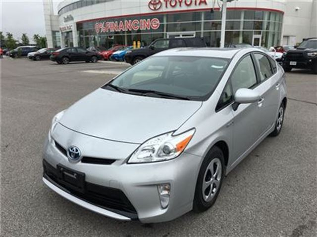 2012 Toyota Prius Hybrid - Low Kms & Winter Tires! in Stouffville, Ontario
