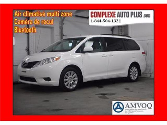 2013 Toyota Sienna LE AWD 7 passagers *4x4 in Saint-Jerome, Quebec