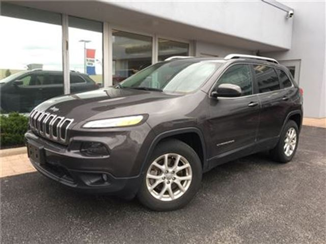 2015 JEEP CHEROKEE North NAVIGATION ONE OWNER in Simcoe, Ontario