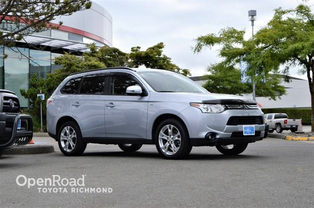 2014 MITSUBISHI OUTLANDER SE in Richmond, British Columbia