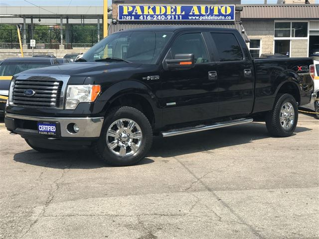 2011 Ford F-150 XLT*4X4*ACCIDENT FREE*CHROME RIMS & RUNNING BOA in Toronto, Ontario