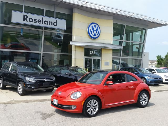 2016 Volkswagen New Beetle  Comfortline in Burlington, Ontario