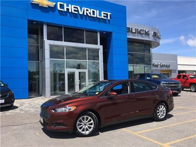 2016 Ford Fusion S ONE OWNER LOW KMS WIN/LOCKS KEYLESS CRUISE!!! in Orillia, Ontario