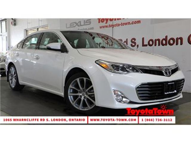 2015 Toyota Avalon XLE LEATHER & NAVIGATION in London, Ontario