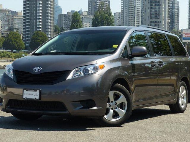 2013 Toyota Sienna LE 7-Pass 6A in Vancouver, British Columbia