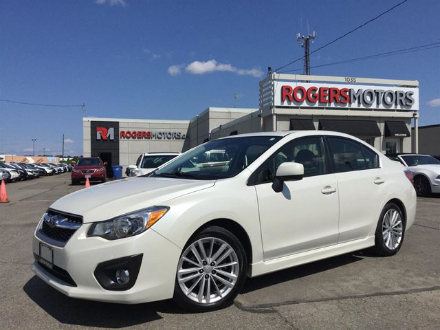 2013 SUBARU IMPREZA - SUNROOF - BLUETOOTH - HTD SEATS in Oakville, Ontario