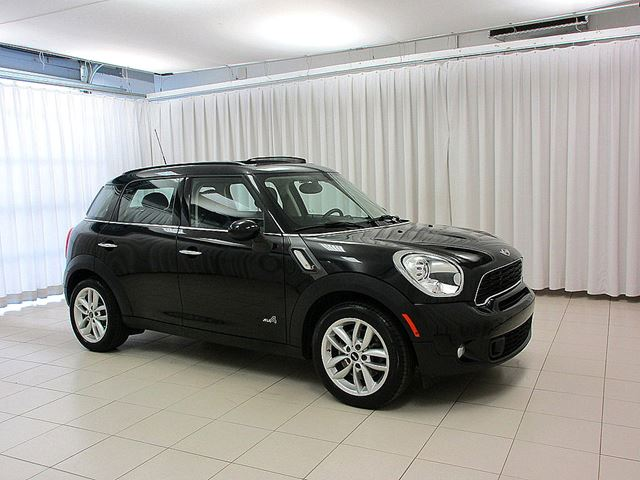 2014 MINI COOPER Countryman S ALL4 TURBO 6-SPEED w/ DUAL MOONROOF & HEATED  in Halifax, Nova Scotia